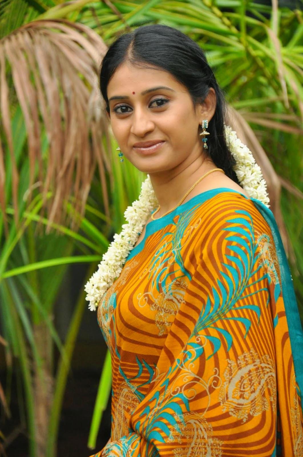 South Indian actress Namitha Hot Photos In Bikini Images