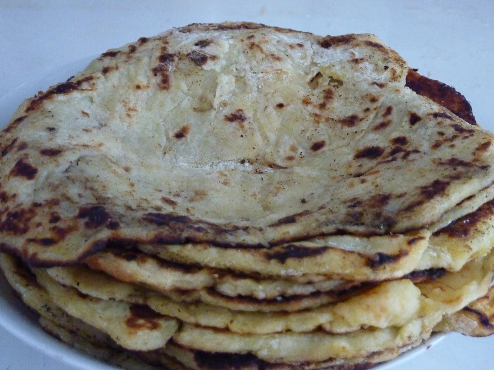 Eliska: Lokshe (Lokše) = Low Fat Flour Tortillas