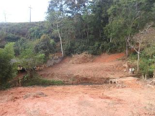 Margem de rio recentemente desmatada em Viçosa. Foto Ítalo Stephan