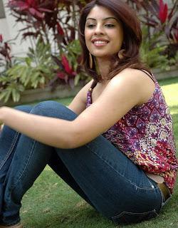 Richa Gangopadhyay bikini image