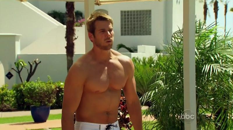 Brad Womack Shirtless on The Bachelor s15e07