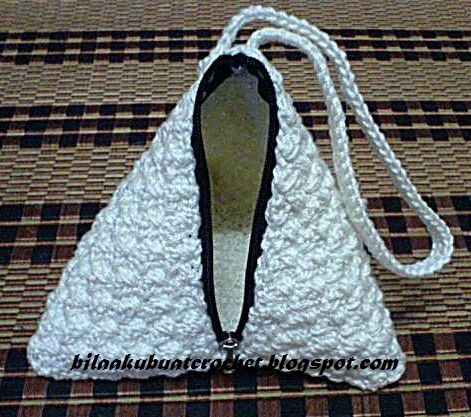 Pyramid BagSew And Crochet