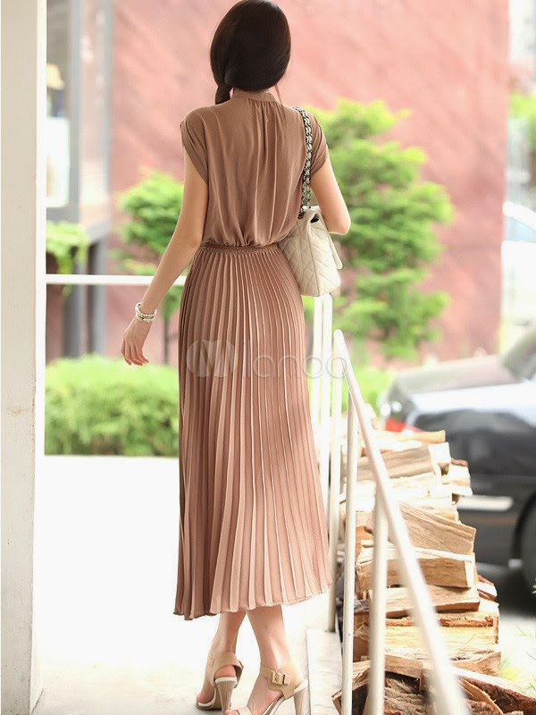China Wholesale Clothes - Elegant Brown Pleated Sleeveless Silk Like Women's Maxi Dress