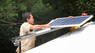 Mise en place des panneaux solaires