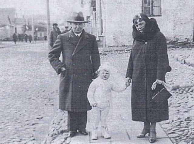Вавжинец Каминский с семьей