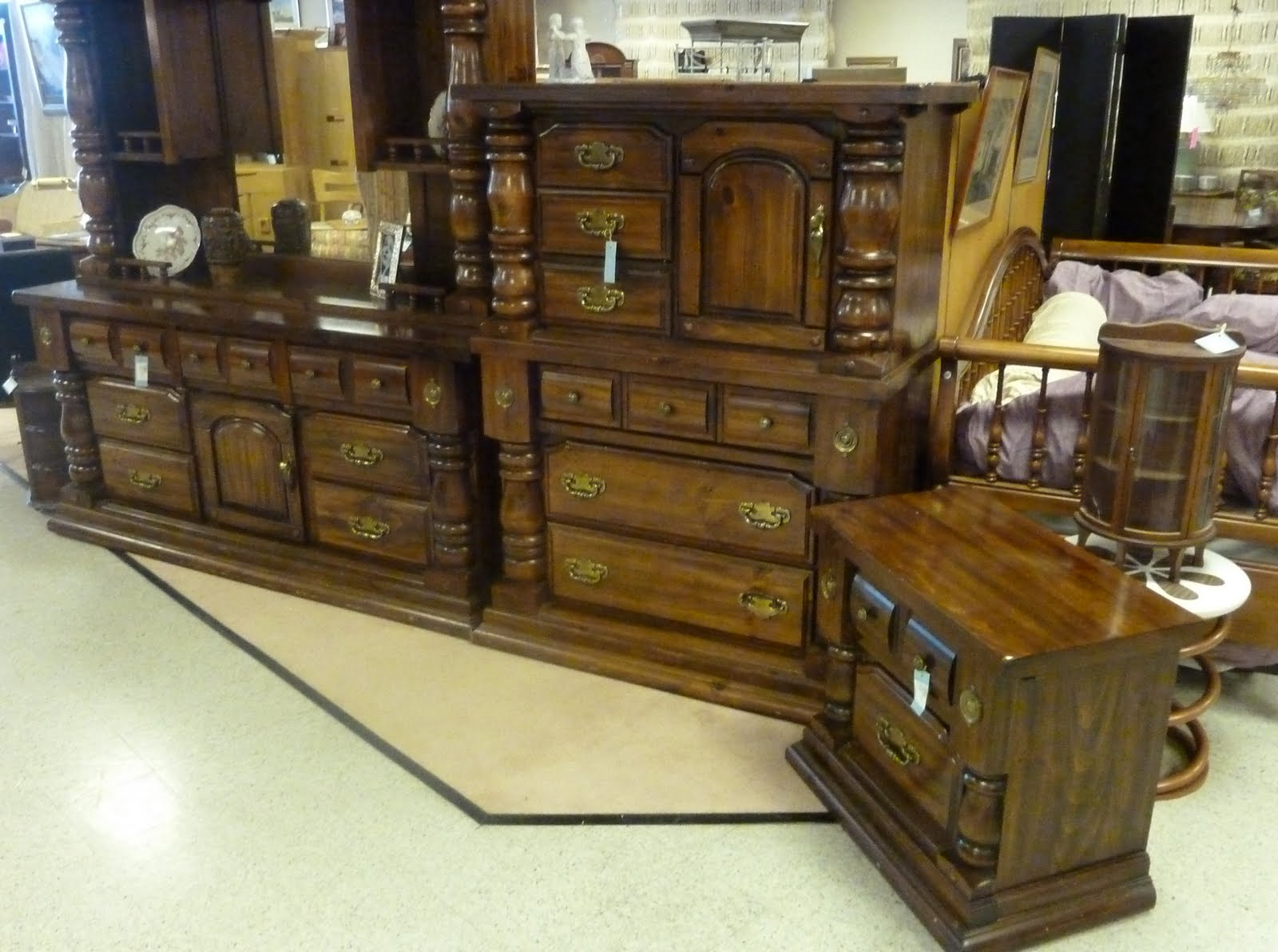 Recalling The Colonial Furniture Of The Early 1970s