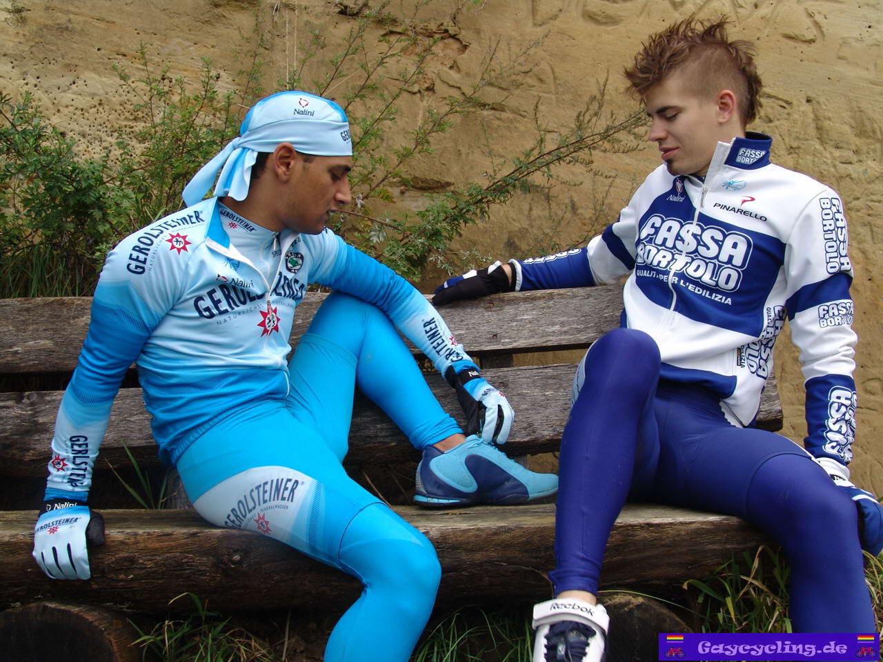 TeenMuscleBoy: Two cyclists