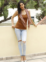 SAKSHI CHOWDARY NEW HOT PICS