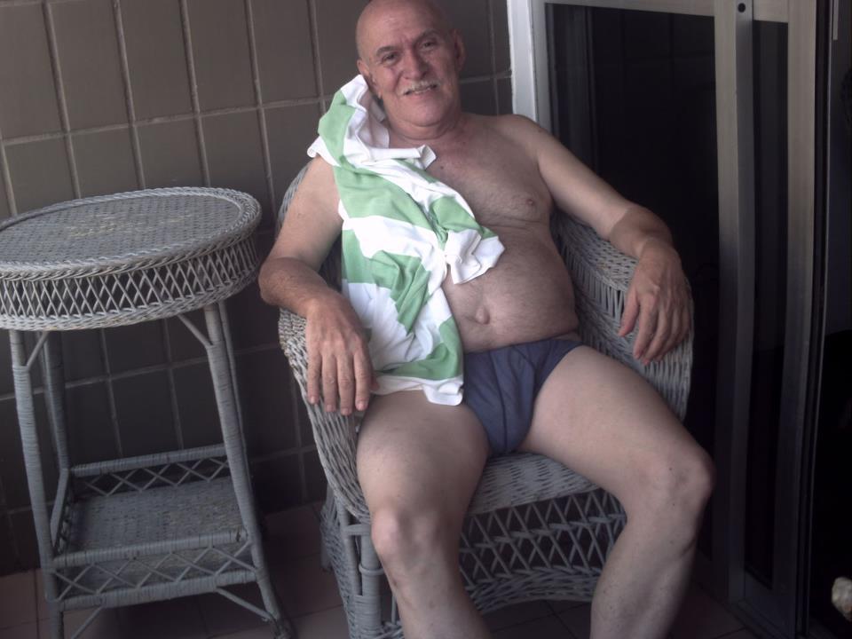 naked ordinary older