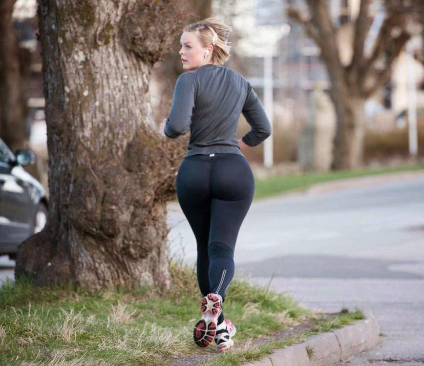 El encanto de las leggins: Los culos y las chicas más sexys con leggins en chicas guapas 1x2.