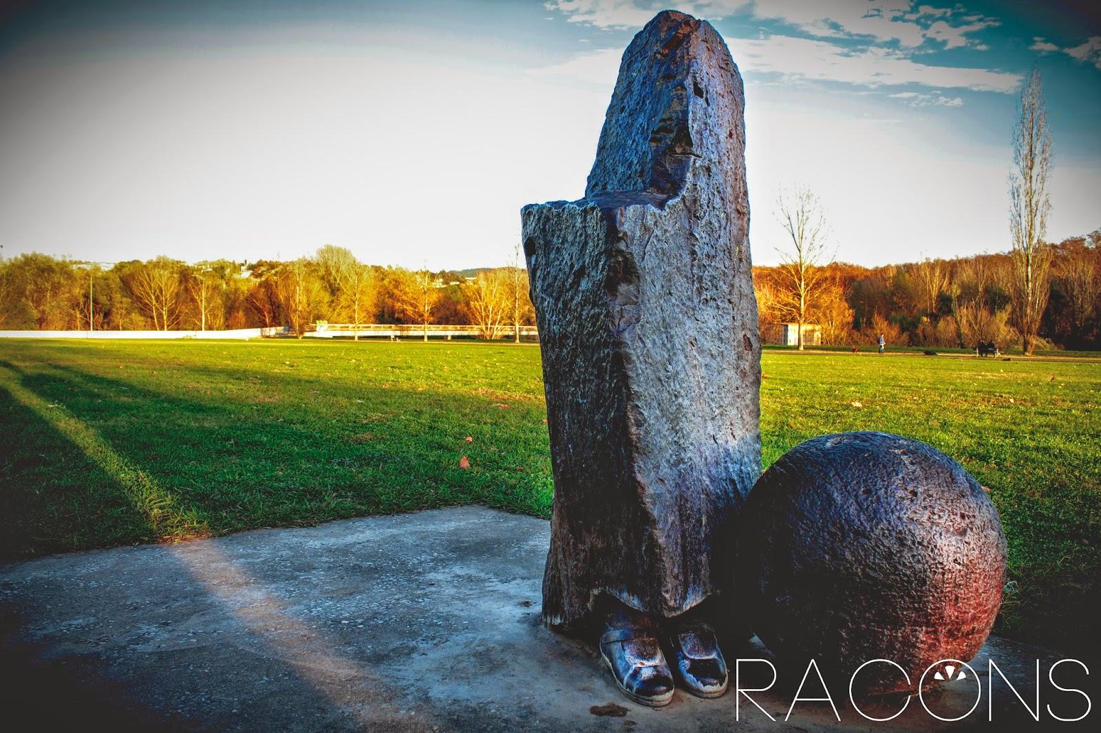 escultura parc fontajau ribes del ter girona