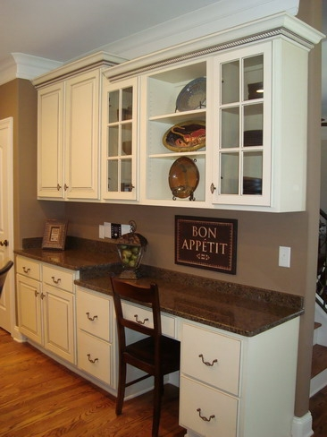 Pantry design through the front door - Kitchen built in cupboards designs ...