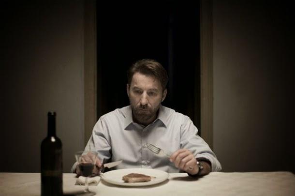 Caníbal: un psicópata depredador de carne y amor [Crítica]