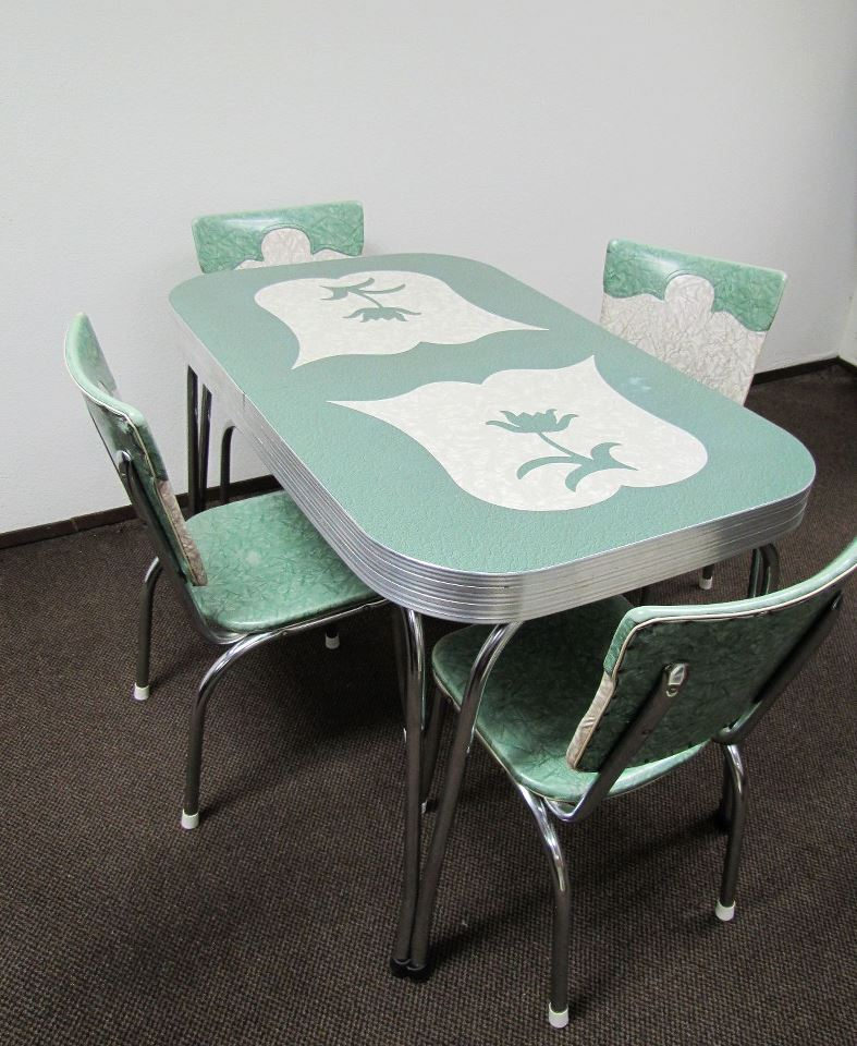 Vintage Chrome Kitchen Table: Vintage Dinette Sets..... @ Retro Renovations