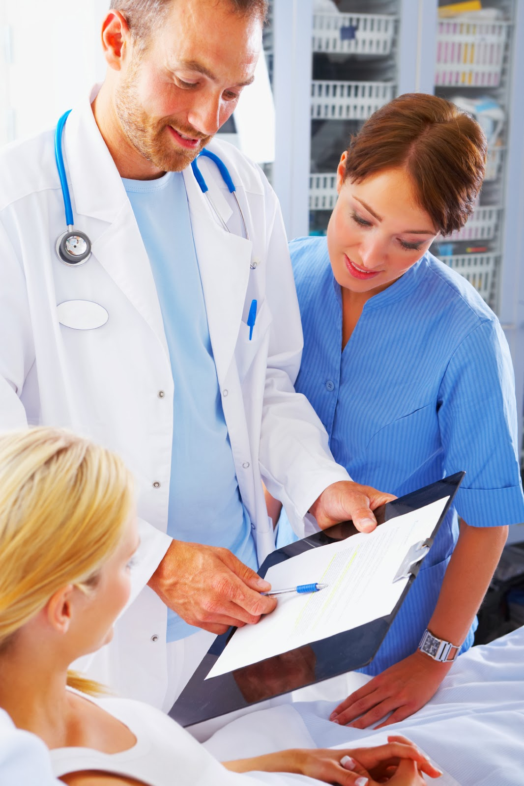 ethics physician dating patient Patient attracted to her doctor doc seems interested can they  ethical guidelines governing physician-patient  ama doesn't prohibit doctors from dating ex.