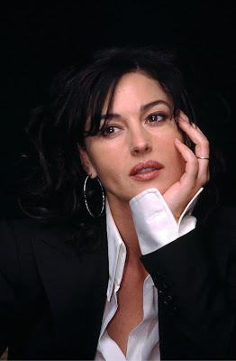 Monica Bellucci think alon hoty babe