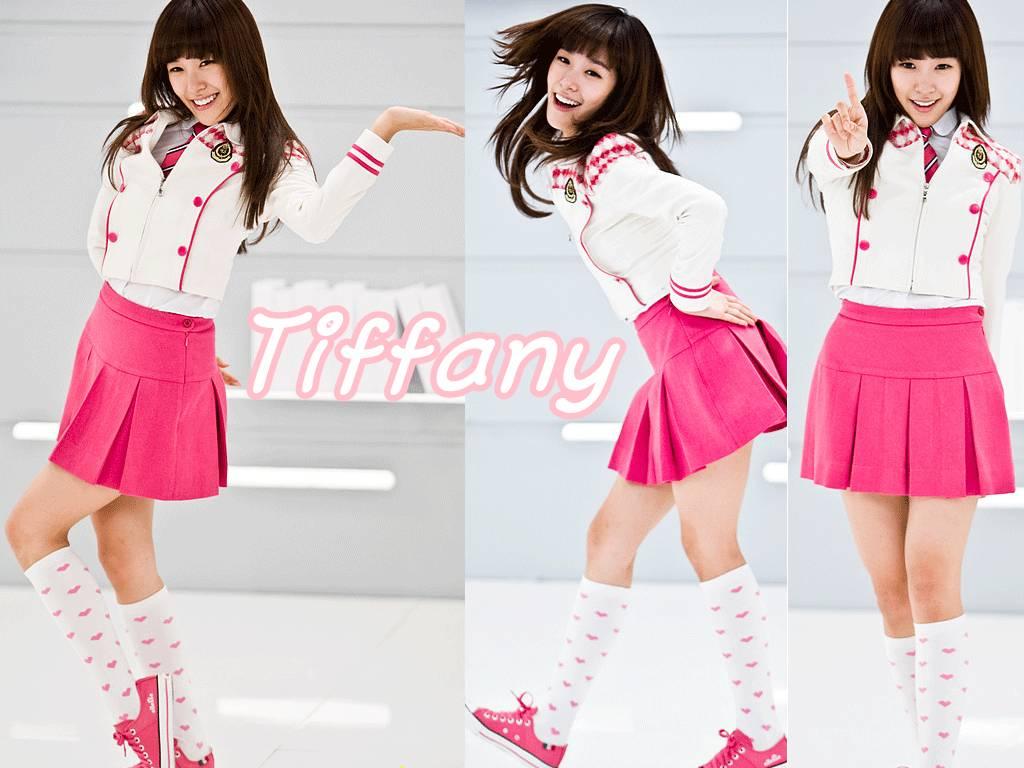 http://2.bp.blogspot.com/-QywBU0xzJTM/TtESF4JLuHI/AAAAAAAAAoQ/eJUcWCR6SzU/s1600/Tiffany+Wallpaper-22.jpg