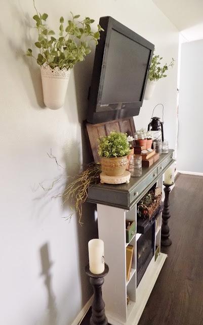 The Quaint Sanctuary: { DIY Summery Fireplace Mantel Box }