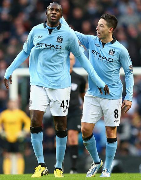 Yaya Taore - Samir Nasri Manchester City vs Manchester United 2012