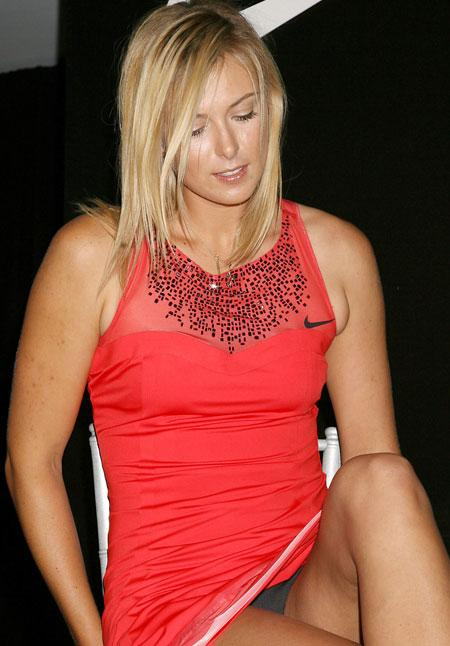 Sports Players: Maria Sharapova Hottest Pictures 2012