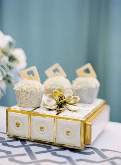 Metallic+14 Wedding Inspiration: Metallic