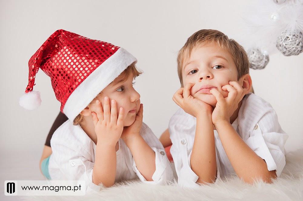 https://www.facebook.com/pages/Bicharocos-Carpinteiros/450846684980611?ref=hl
