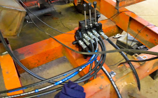 hydraulic repair - valves and hoses