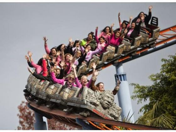 bloggers, knotts berry farm, snoopy, susan g komen, oc register, jaguar