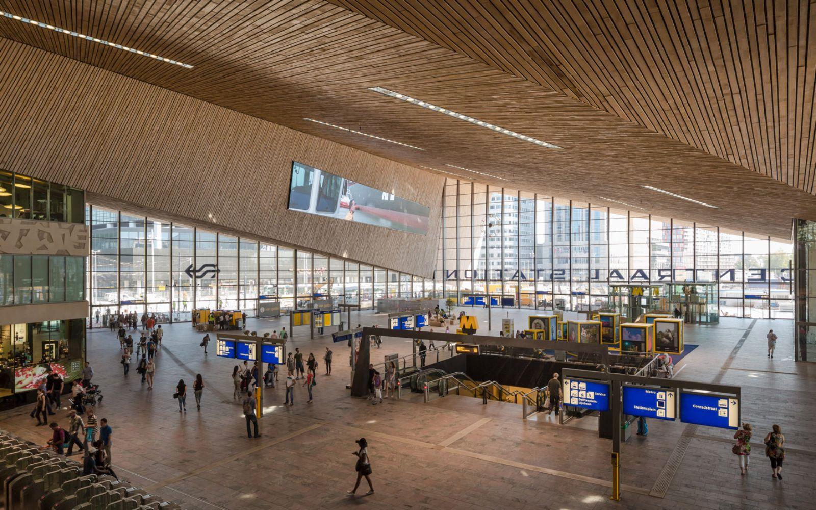 07-Rotterdam-Centro-Estación-por-Team-CS