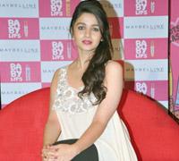 ALIA BHATT UNVEILS MAYBELLINE BEAUTY PRODUCTS Alia-Bhatt-Unveils-Maybelline-Beauty-Products