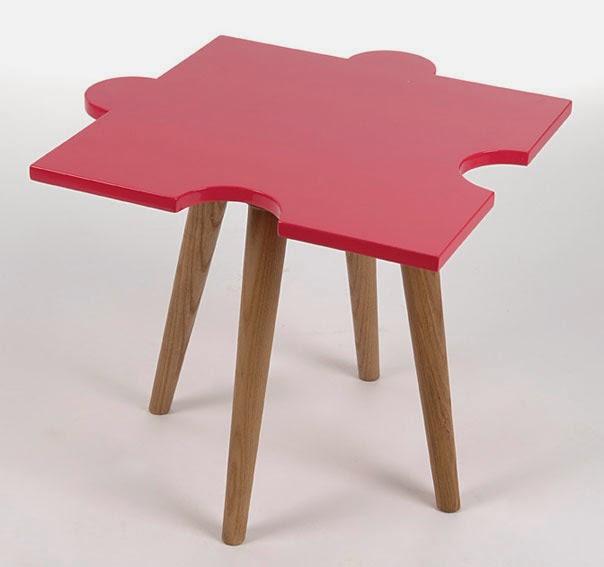 http://www.portobellostreet.es/mueble/27835/Mesa-Auxiliar-rosa-Vintage-Puzzle