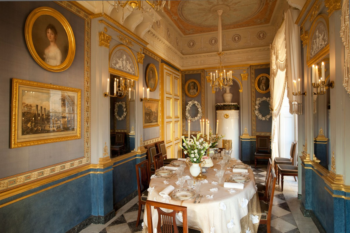 Loveisspeed jacques garcia 39 s parisien taste - Decoration salle a manger salon ...