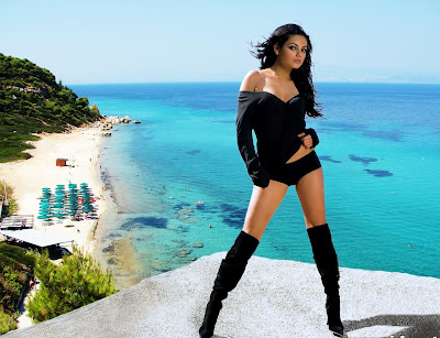 Mila Kunis Latest Hot Wallpapers