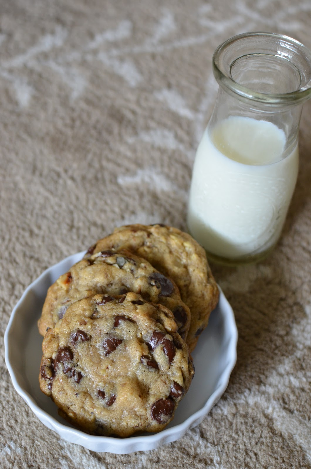 Playing with Flour: Chocolate chip cookies inspired by DoubleTree
