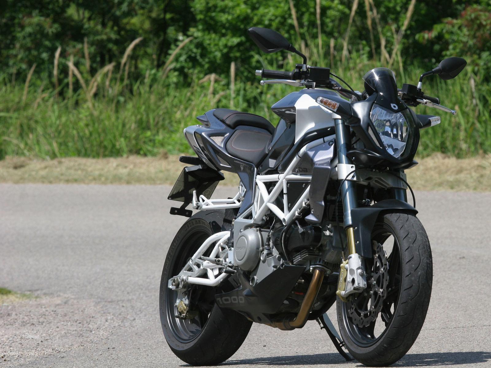 http://2.bp.blogspot.com/-R-uOSQ8X4ug/Tr5Dkp8LB-I/AAAAAAAAEIg/hzStN6QjUGo/s1600/Bimota-DB6-Delirio_motorcycle-desktop-wallpaper_11.jpg