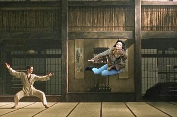 Scarlett Johansson Falling Down 5