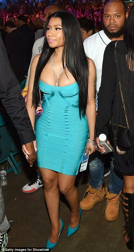 Nicki Minaj Arriving for the fight of the century