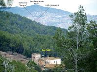 Zoom a Can Pubill a la vall del Llor des de la capçalera de la Riera de Can Soler