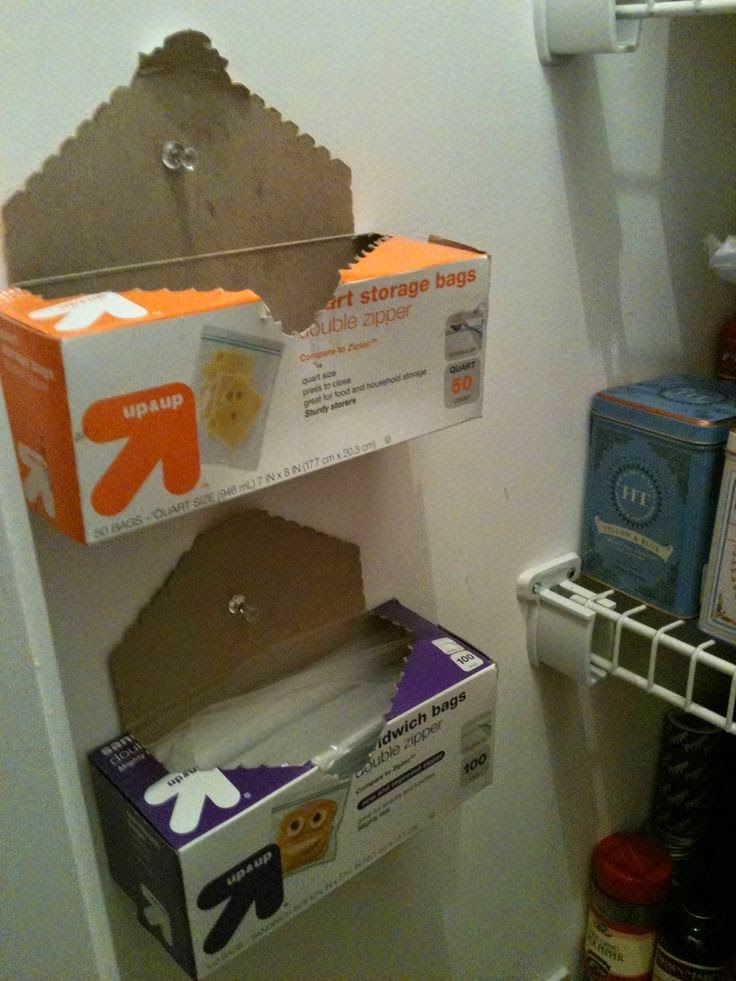 http://diyhshp.blogspot.ca/2013/08/tips-to-organizing-small-pantry-to.html?showComment=1377464086154#c1361621189522587035