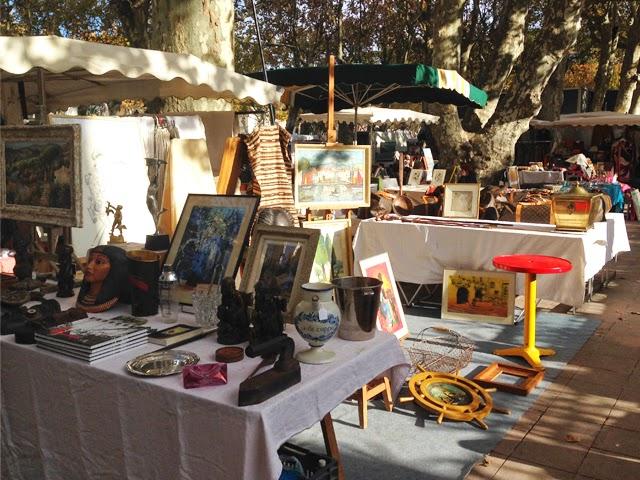 Le Marché - Place des Lices - St Tropez ©lovmint