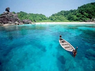 7 Pemandangan Alam Terindah Di Indonesia