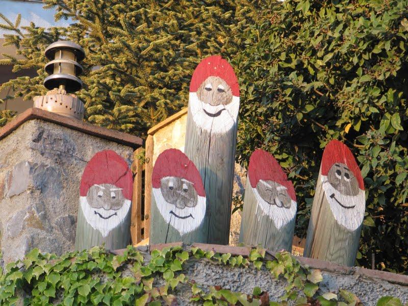 El blog de ma cincos simpaticos enanitos en el jardin im genes y texto de ma - Mi jardin con enanitos ...
