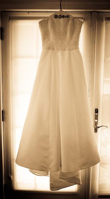 Wedding Dress Doukenie Winery| Whysall Photography