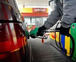 La benzina costa molto, si può risparmiare con alcune semplici regole