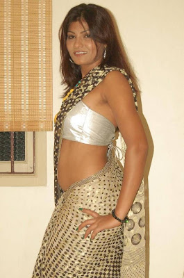 Kitty Lea Elite TV http://graffitigraffiti.com/pics/y-indian-actress-wet-in-saree-navel-show-photos
