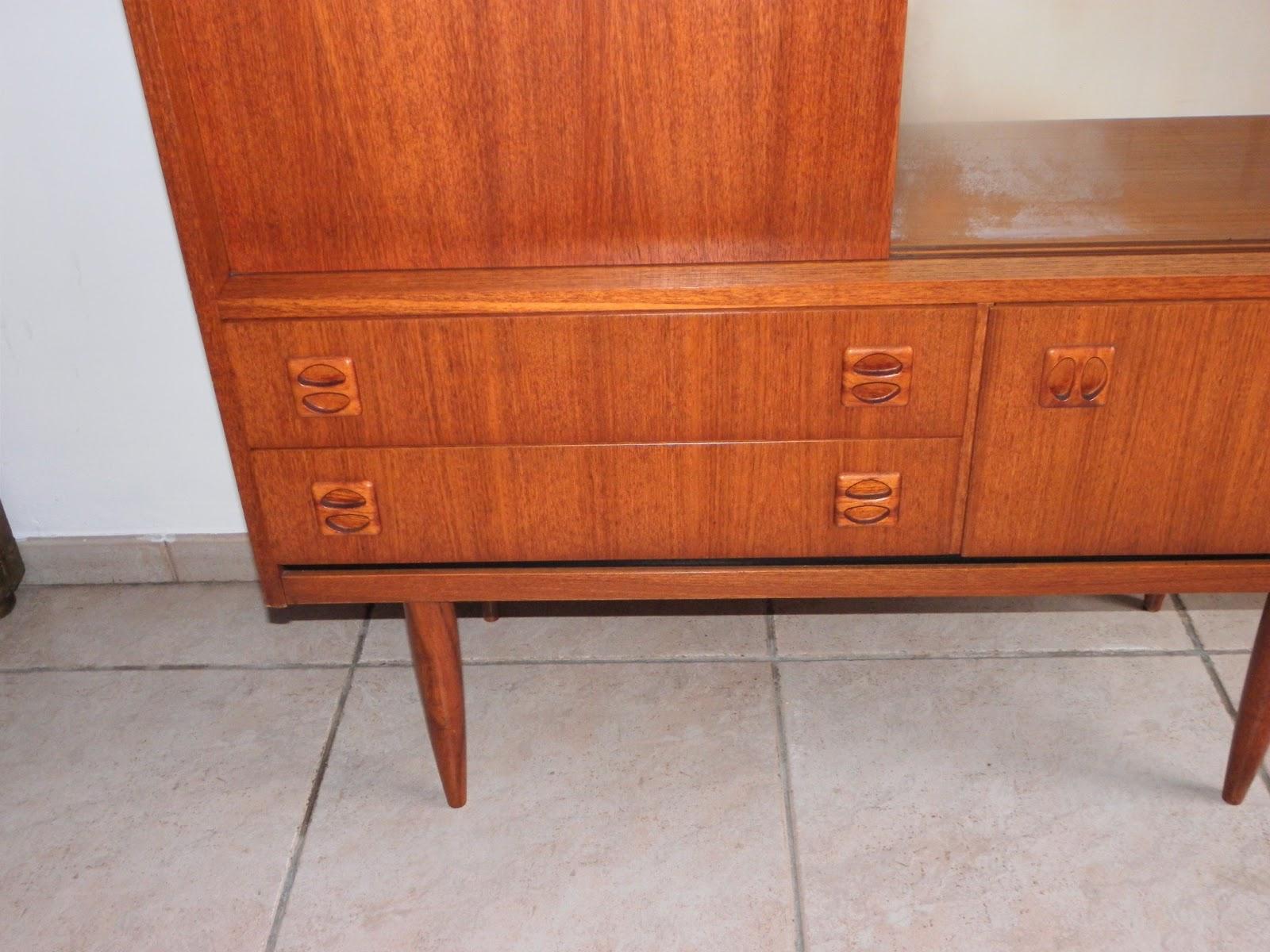 Lucie la chineuse meuble vitrine 39 60 for Meubles domon lachine