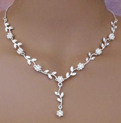 weddingsparklescom flower power bridal necklace set