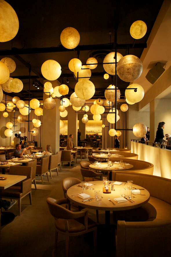 La dolce vita jet set chicago chic for Design hotels chicago