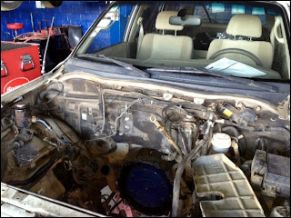 mitsubishi montero with motor missing