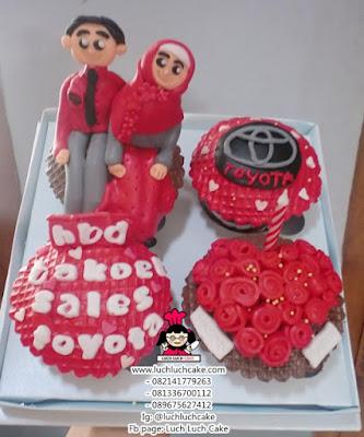 Cupcake Tema Toyota